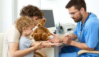 Analizele medicale de laborator ajută la diagnosticarea corectă a principalelor infecții bacteriene la care sunt predispuși școlarii și sunt cel mai bun indicator al unei lipse de vitamine în corp.
